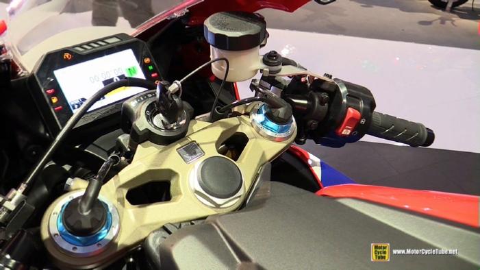 New Honda Motorcycles 2018 >> 2018 Honda CBR1000RR Fireblade SP2 at 2017 EICMA Milan Motorcycle Exhibition